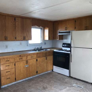 2 Bedroom Mobile Home, Bismarck, ND